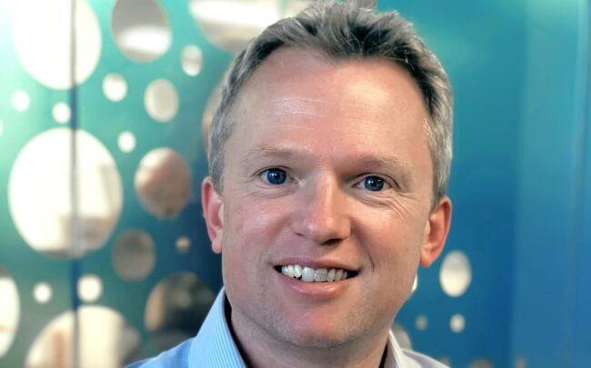 """Giles Graham: """"Autoalan tulevaisuus on markkinointi- ja teknologiajohtajien käsissä"""""""